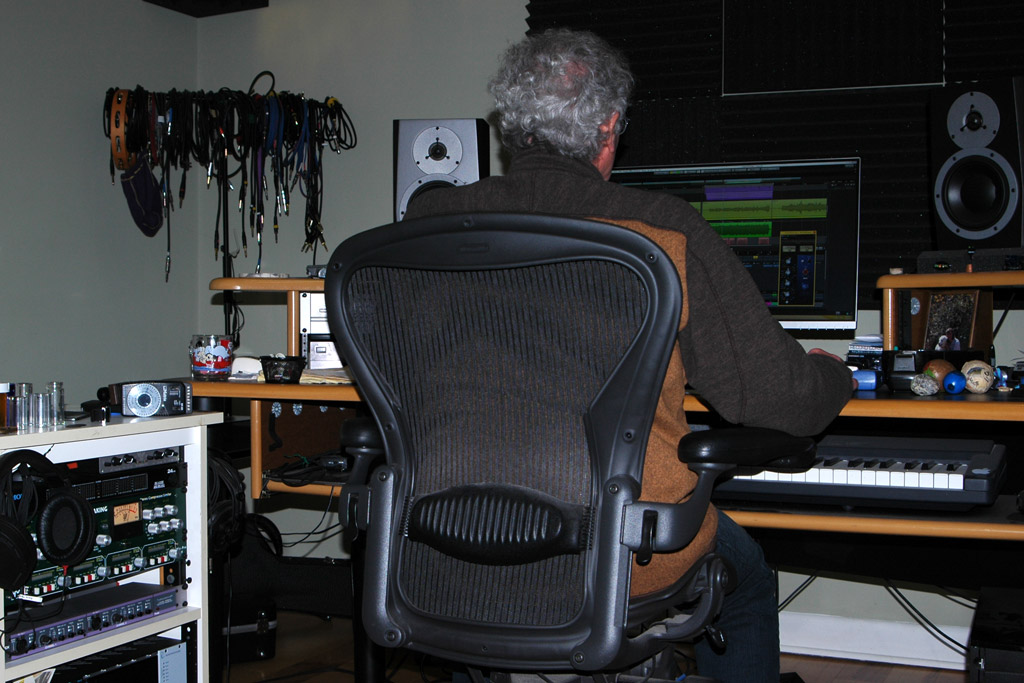 Earl Norris working in studio photo